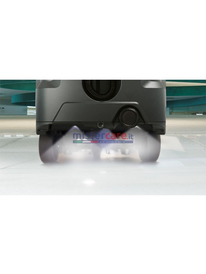 Gli ugelli installati nella parte posteriore della macchina vaporizzano il disinfettante in modo uniforme su tutta la pista di sanificazione di 130 cm