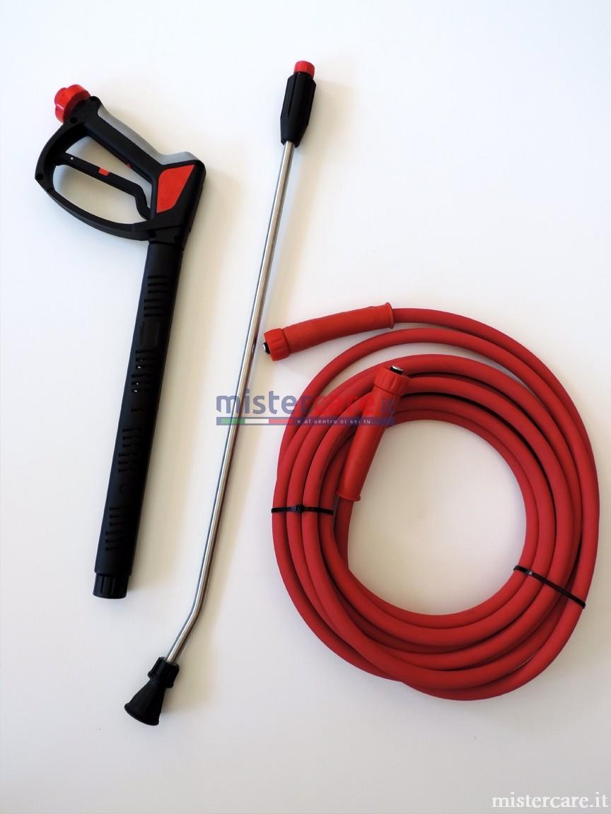 Accessori in dotazione: pistola, lancia, tubo alta pressione anti macchia